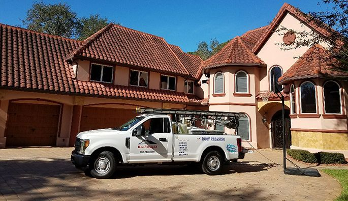 Ormond Beach Roof Cleaning - Roof-Bright of Florida - before roof is cleaned